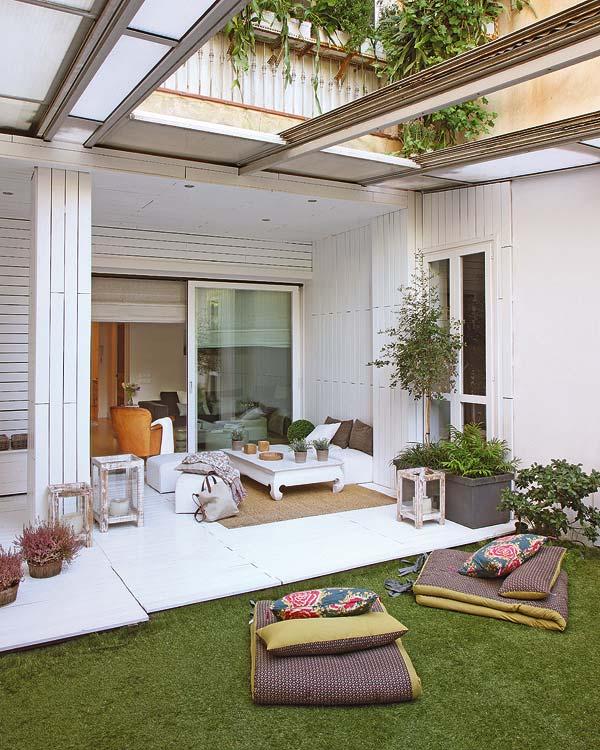 Visite privée : autour du patio