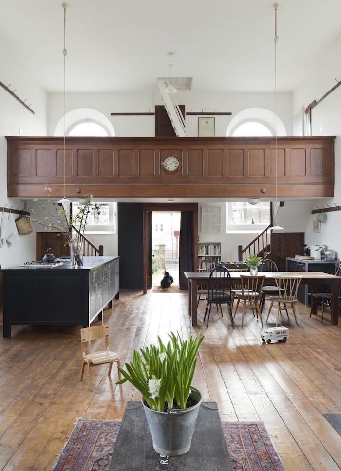 Une maison solennelle