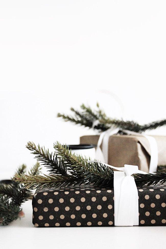 Emballez vos cadeaux c'est Noël