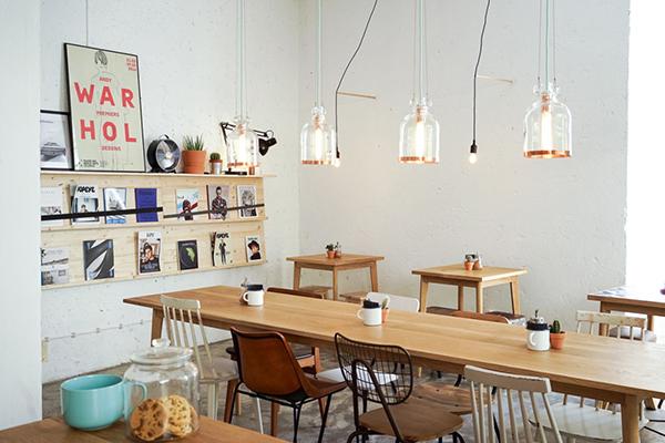 Kristof : Un joli café à Lisbonne…