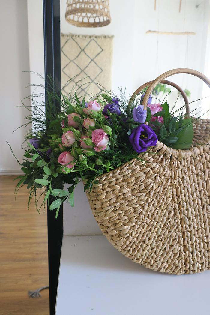 cadeau fête des mères fleurs interflora livraison fleur dans panier