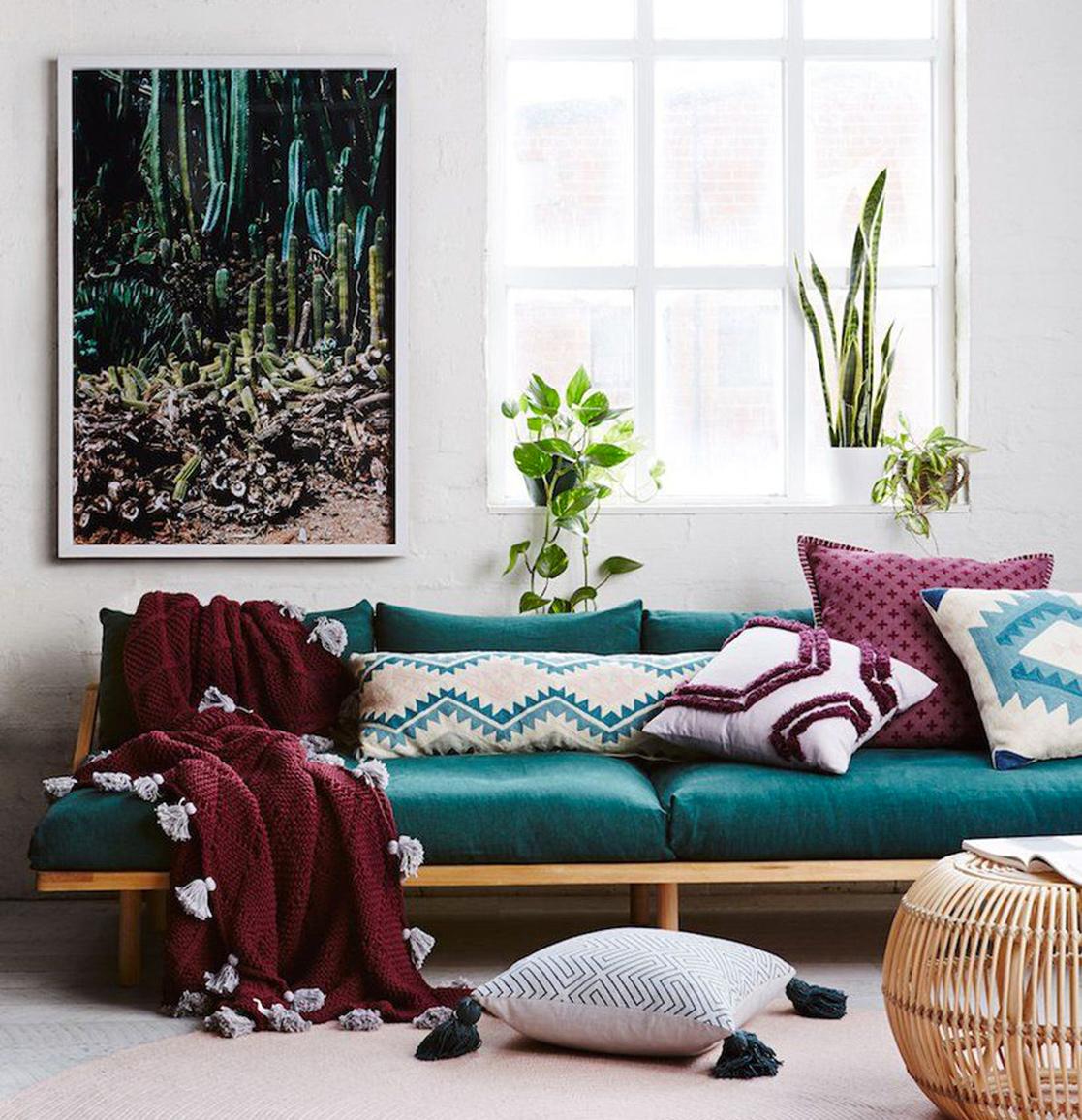 Le canapé s'affiche en couleurs